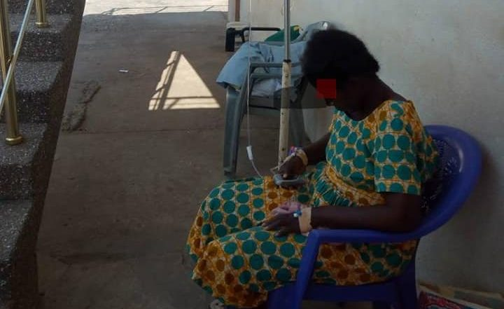 NO BED SYNDROME !!!Patients Buy Plastic Chairs for Treatment' at Korle-Bu