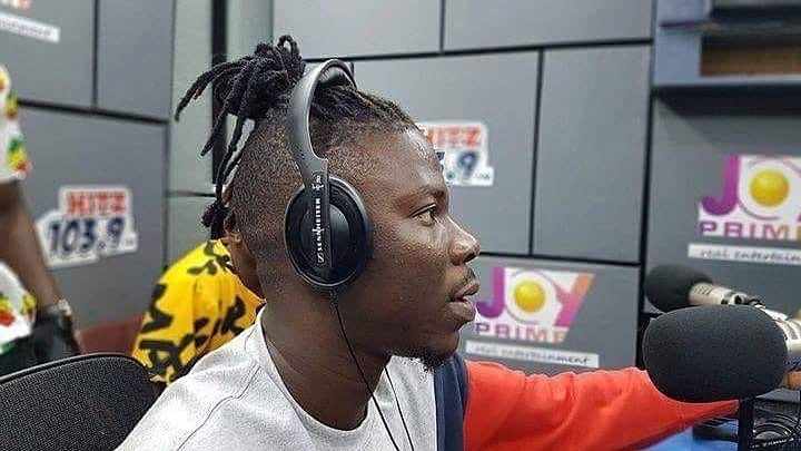 Prosecute Stonebwoy for Brandishing  gun in public: Says Security Expert