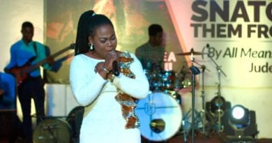 "Video: Joyce Blessing Finds ""True' Happiness in Worship"